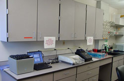 Most clinics are equipped for molecular analysis of plant pathogens.